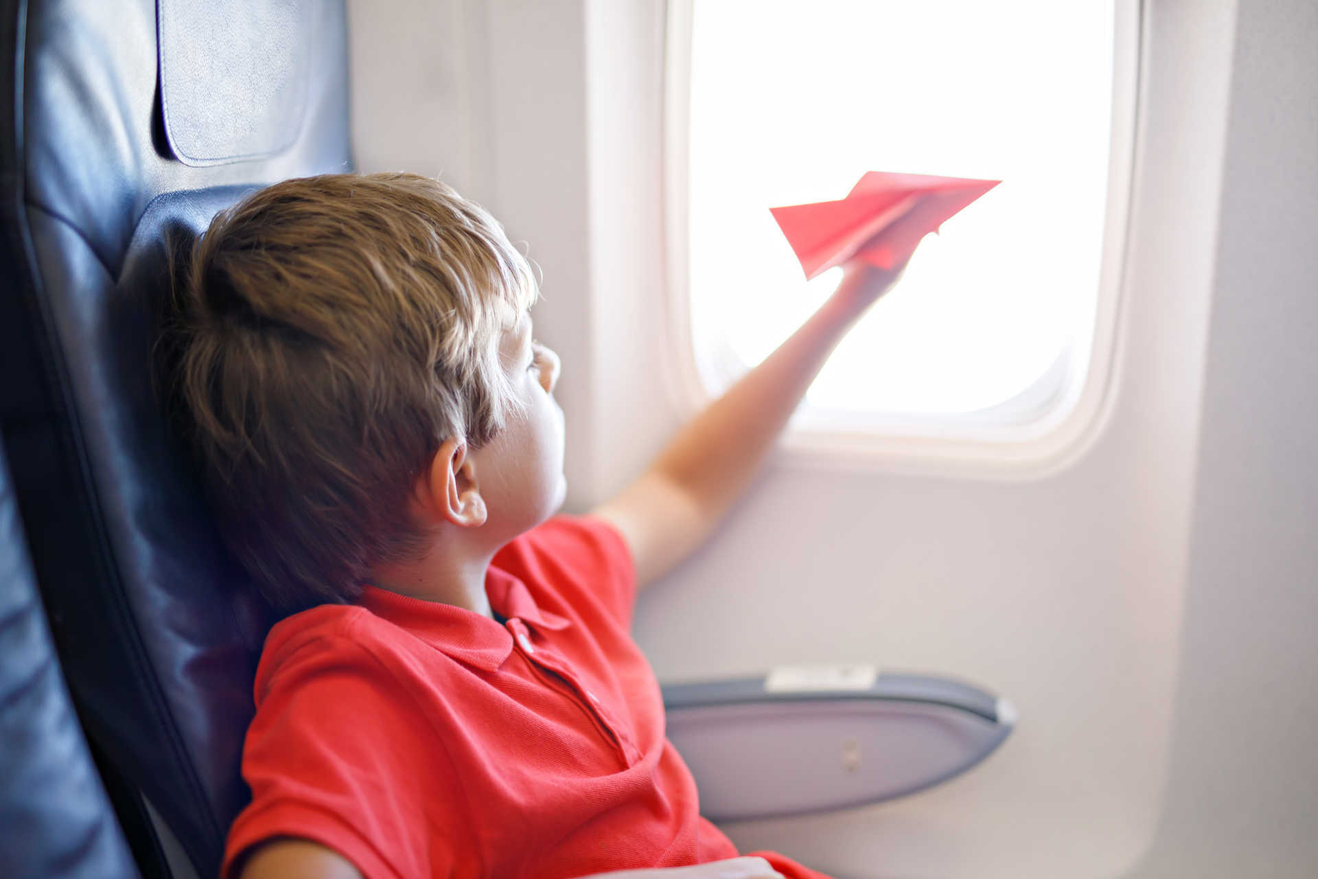 Traveling with Children: Keeping Kids Entertained on a Flight