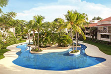 BlueBay Coronado Golf & Beach Resort
