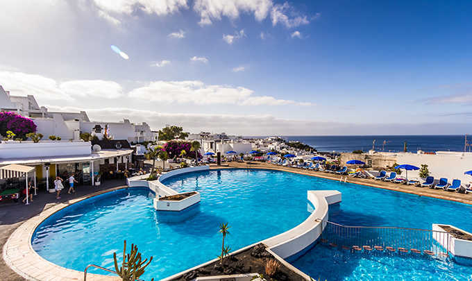 An apartment only for you at the heart of Lanzarote with this great discount! Come on!